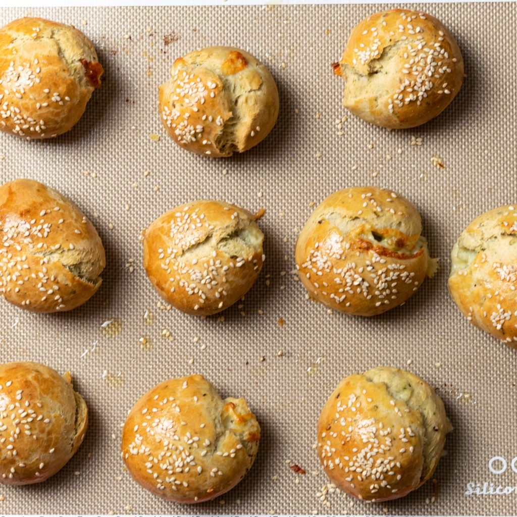 Baked cheese buns