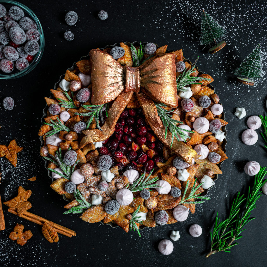 Cranberry wreath pie with large edible bow