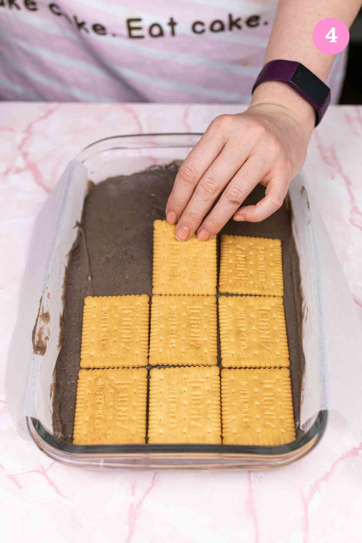 Adding another layer of plain biscuits on top of the Oreo cream